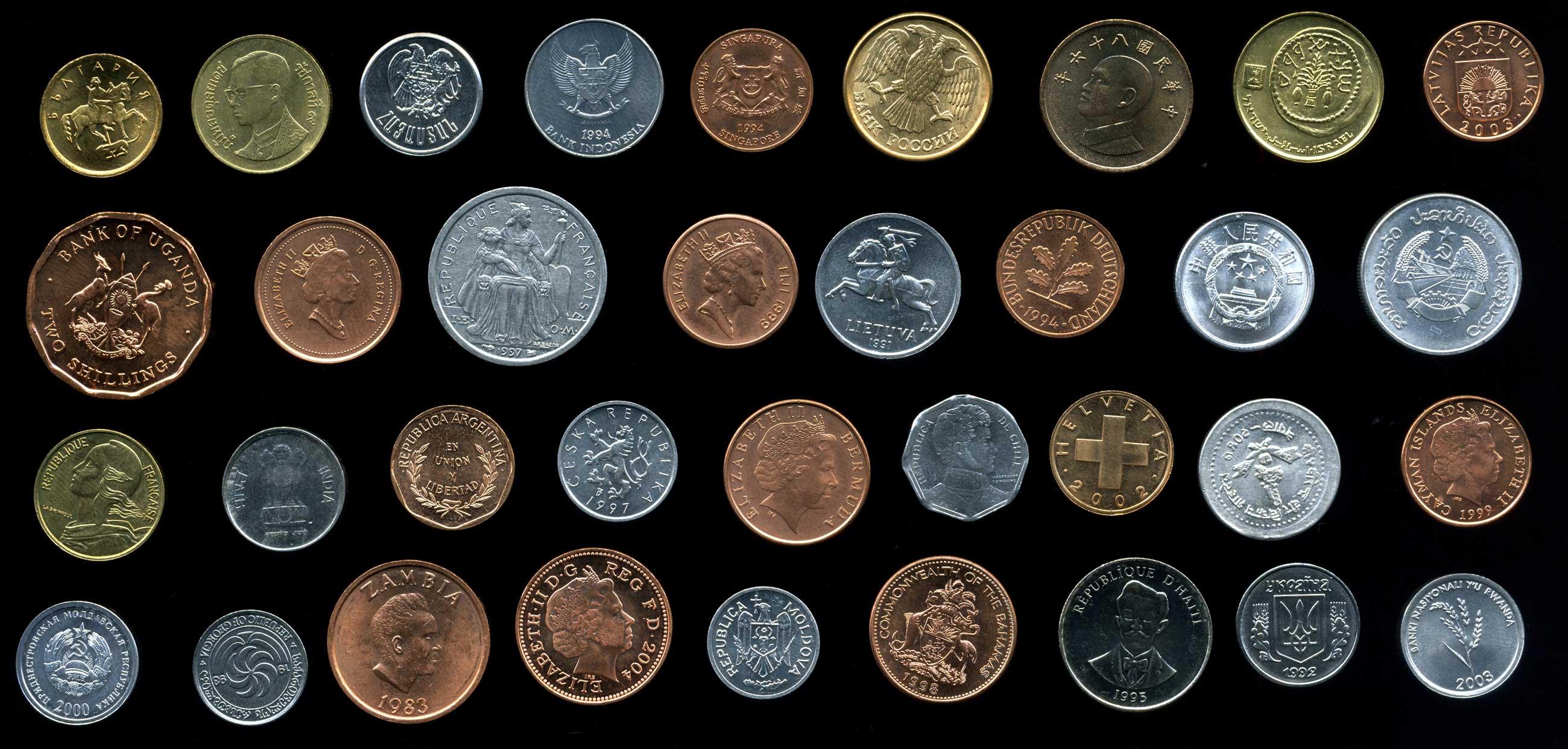 Набор иностранных монет 35 разных стран / bu / экзотика фаун.